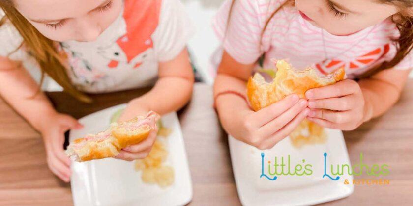 Kids eating sammies